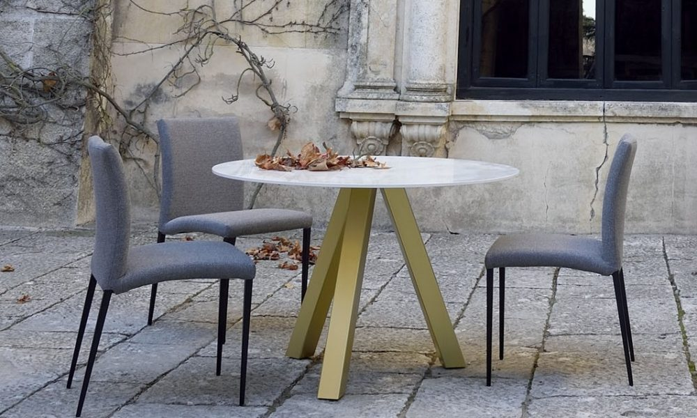 water fixe table & Anne Chairs